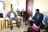 والي القضارف يستقبل وفدالشركة السودانية للموارد المعدنية