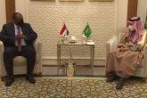 الفكي يطلع وزير الخارجية السعودي على الأوضاع في السودان