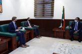 حمدوك يثمن دعم المملكة المتحدة للانتقال الديموقراطي والسلام بالبلاد.