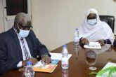 وزير التنمية الاجتماعيّة يقِفُ على التحديات التي تُواجه بنك الأسرة