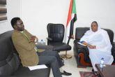 وزيرة العمل والاصلاح الاداري تلتقي مني اركو مناوي