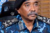 وزير الداخلية يؤدي واجب العزاء لاسرة النقيب شرطة حسن صالح
