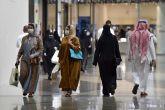 السماح بفتح المحلات التجارية خلال أوقات الصلاة بالسعودية