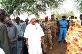 والي جنوب دارفور يقف على أضرار السيول في (عد الفرسان)