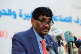 وزير الصناعة يعلن إنشاء وكالة لتطوير وتنمية الصناعات الصغيرة والحرفية