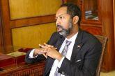 خالد عمر يطلع على الوضع الإداري لمباني المجلس التشريعي الانتقالي