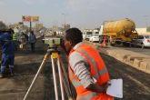 تواصل أعمال صيانة وتأهيل طرق الولاية
